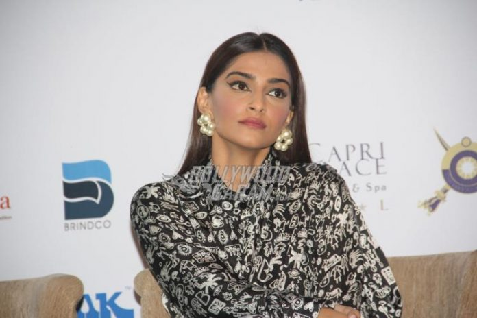 sonam-fight-hunger2