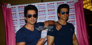 Sonu Sood unveils his wax statue in Mumbai
