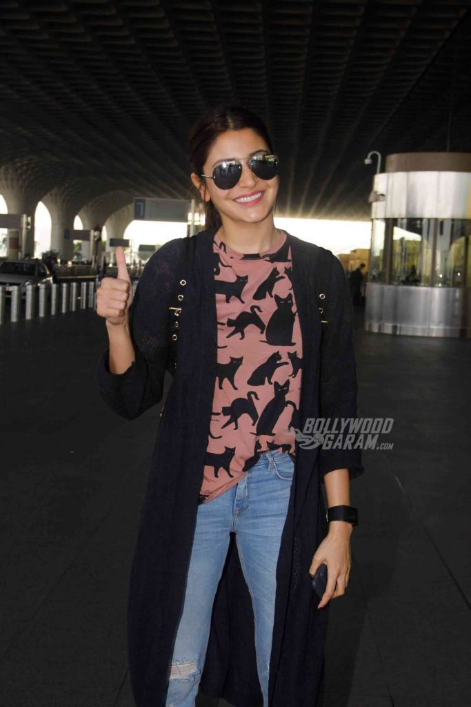 airport-fashion-anushka-sharma