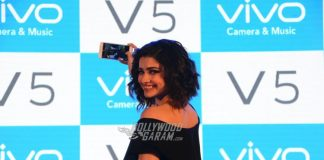 Prachi Desai launches Vivo V5 business smartphone