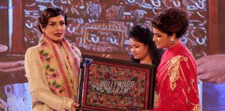 Raveena Tandon at Kolkata International Film Festival closing ceremony