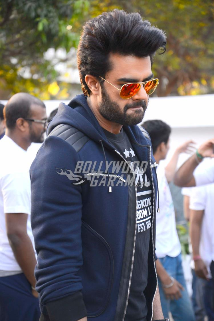 walkathon-manish-paul3