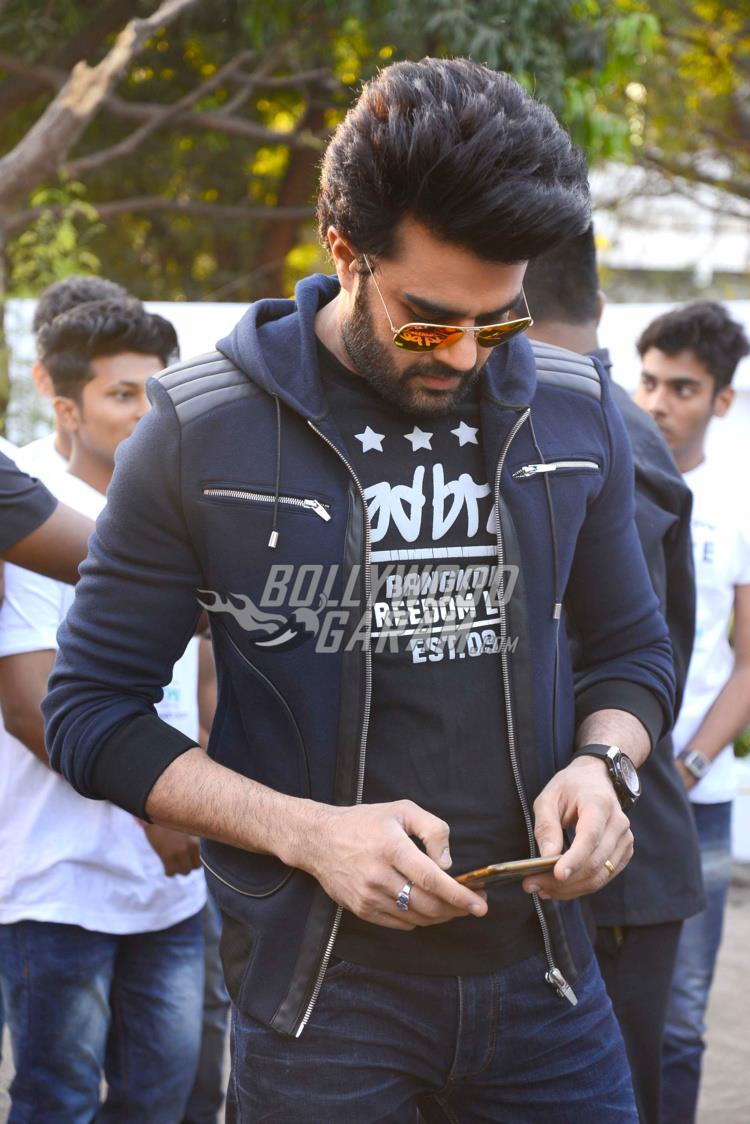 walkathon-manish-paul5