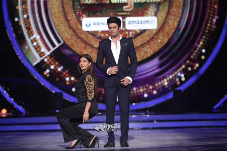06-fun-moments-of-judges-and-host-on-the-set-of-jhalak-dikhhla-jaa-6