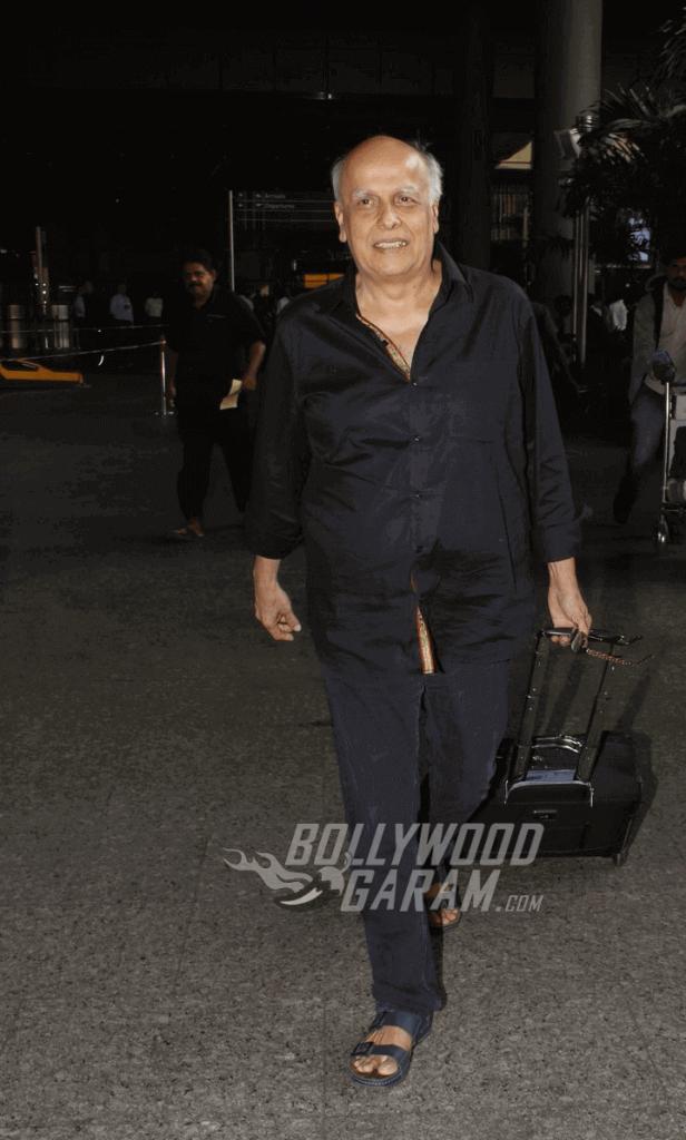 airport-fashion-mahesh-bhatt-1-1-1-1-1-1