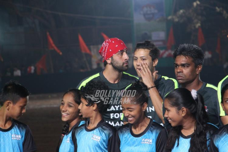 ranbir-friendly-match5