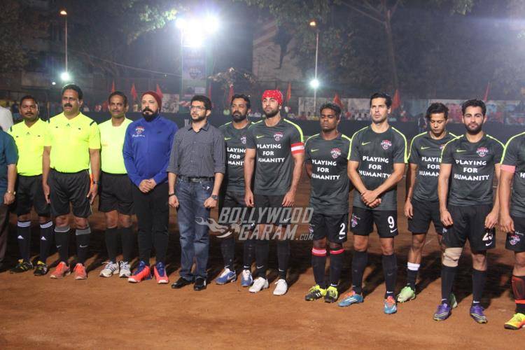 ranbir-friendly-match7