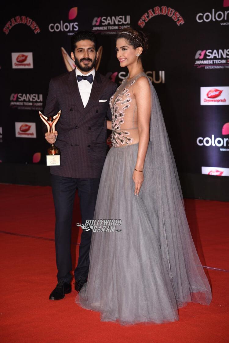 stardust-awards-sonam-harshwardhan-kapoor