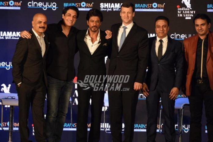 shahrukh-indian-academy5