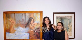 Sushmita Sen and Prasoon Joshi inaugurate Masterstrokes exhibition