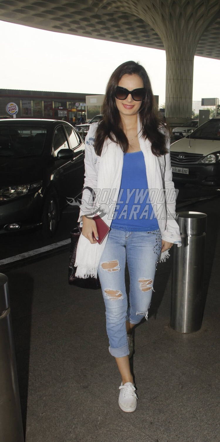 Airport-Fashion-Evlyn-Sharma14