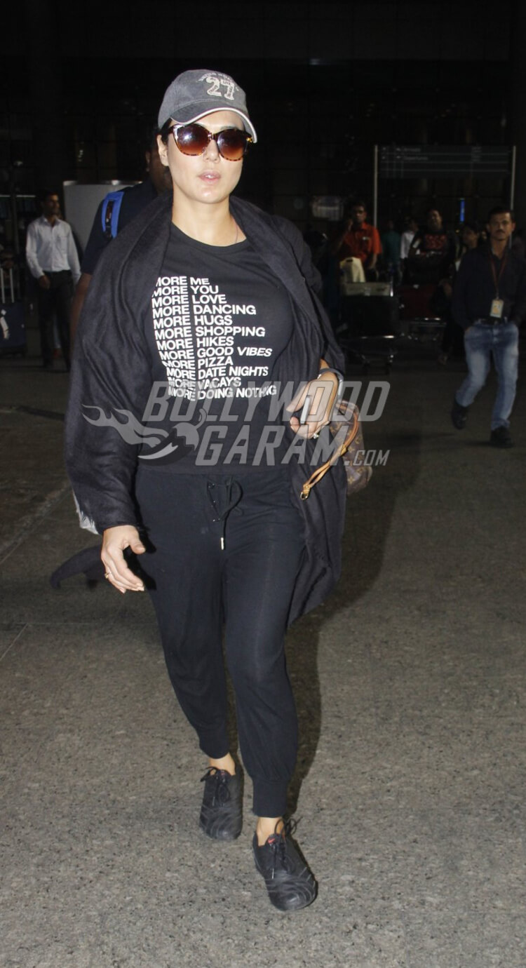Airport-Fashion- Preeti-Zinta-17
