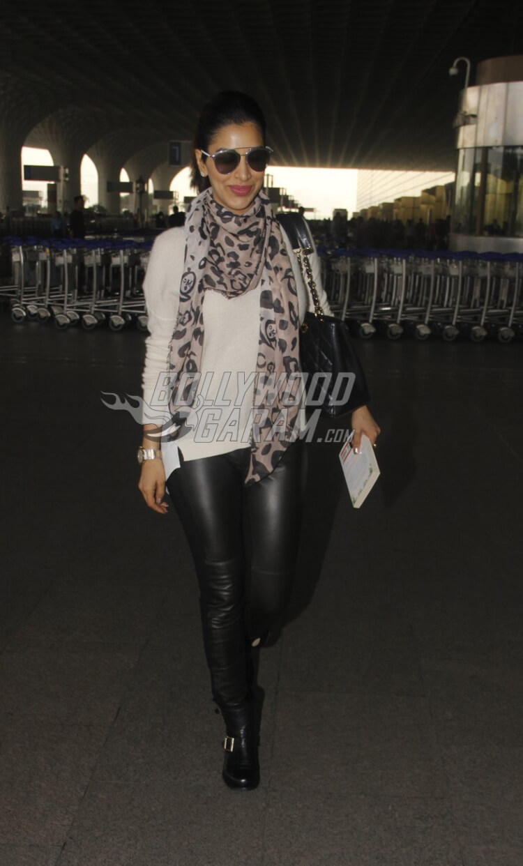 Airport-Fashion-Sophie-Chaudry3