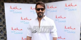 Fan threatens to kill himself to meet Ajay Devgn