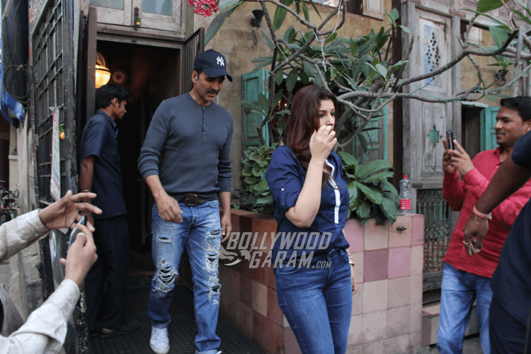 Akshay-Kumar-Twinkle-Family-Lunch-12