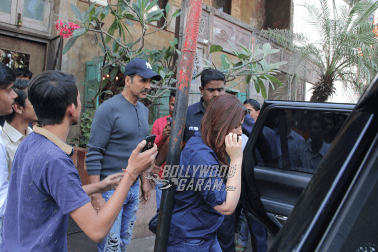 Akshay-Kumar-Twinkle-Family-Lunch-13