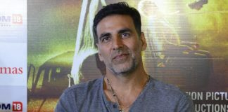 Jolly LLB 2 Holi track beings back Akshay Kumar in Holi mood
