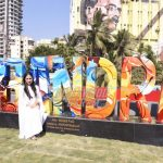 Shahrukh Khan unveils Rouble Nagi's #BANDRA sculpture