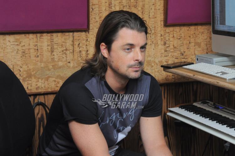 DJ axwell India1