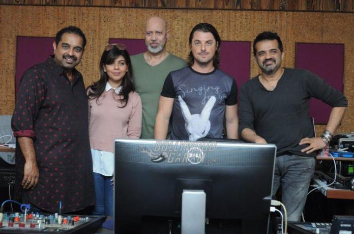 DJ axwell India6