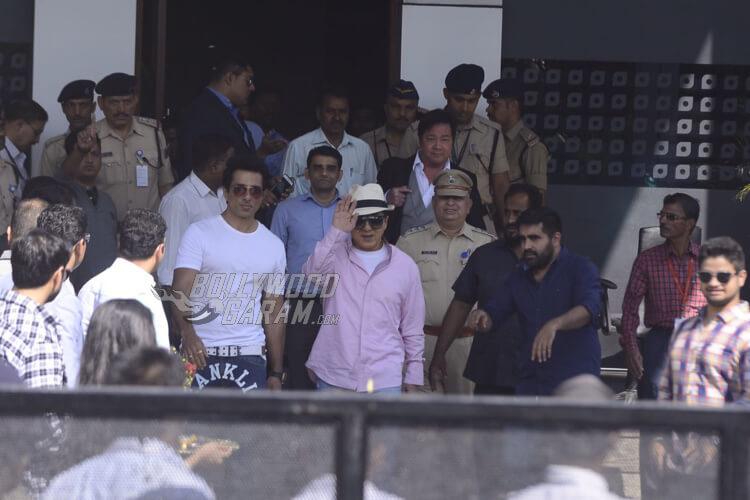 Jackie-Chan-Mumbai-Airport-2017