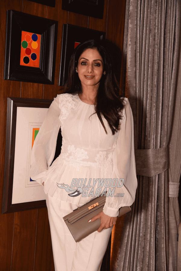 Manish-Malhotra-Suzy-Menkes-Party-2017-12 (1) (1) (1) (1)