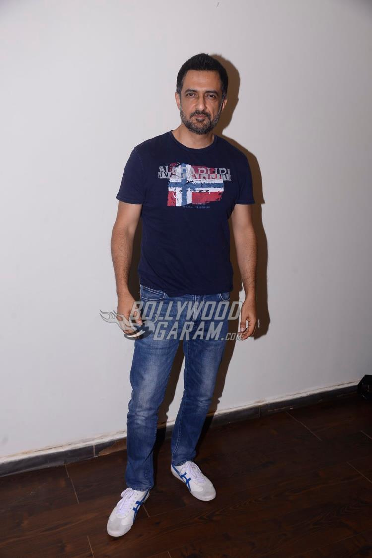 Sanjay Suri poses at Mona Darling promotions