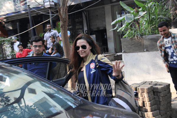 Neha-Dhupia-Bandra-Photos5