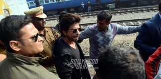 Raees team arrives at Hazrat Nizamuddin station in Delhi