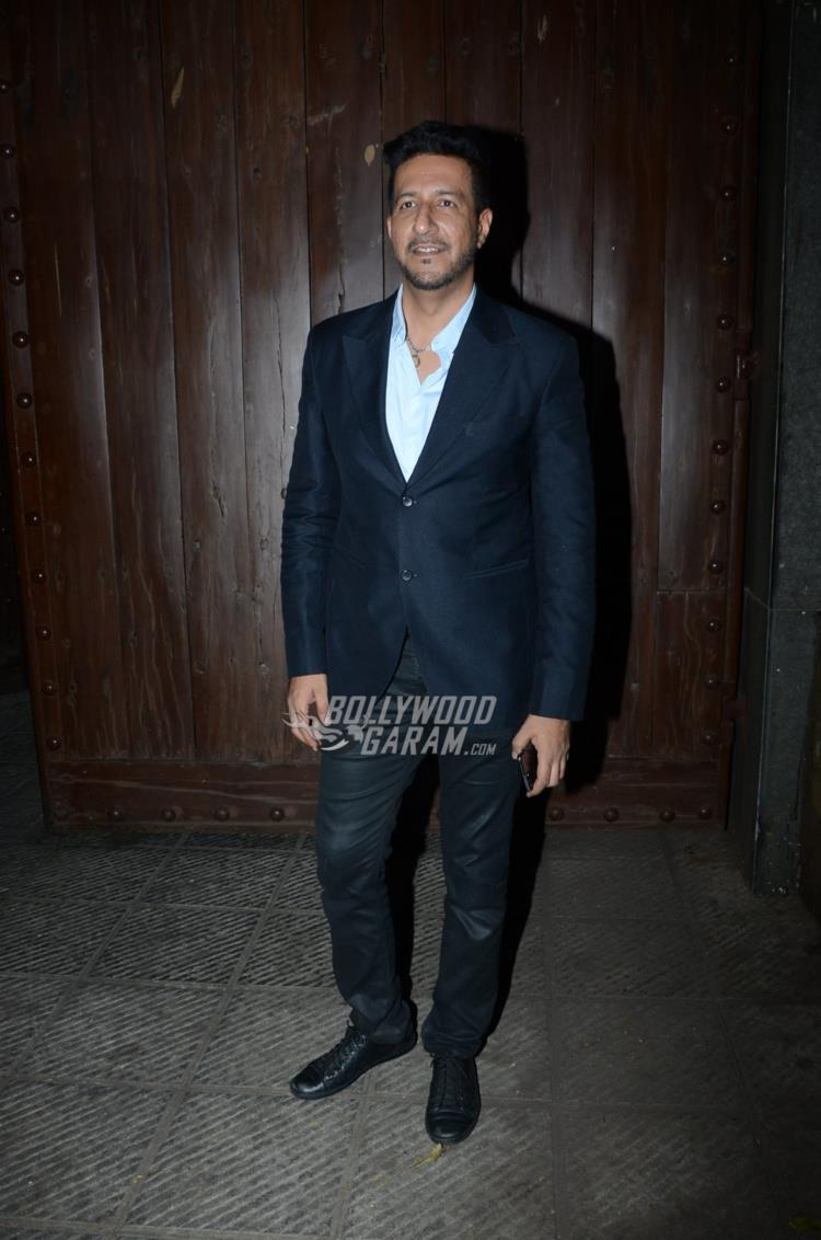 Rakesh roshan bash1