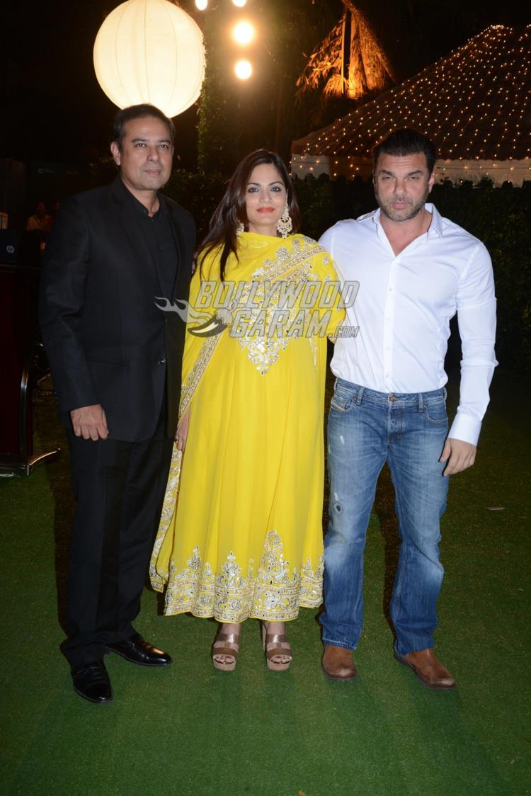 Atul Agnihotri, Alvira Khan and Sohail Khan at at Ronnie Screwvala's daughter's wedding reception