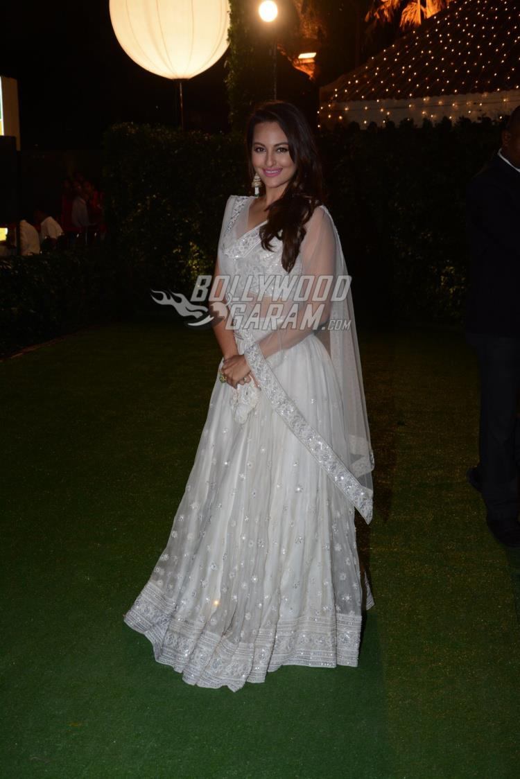 Sonakshi Sinha at at Ronnie Screwvala's daughter's wedding reception