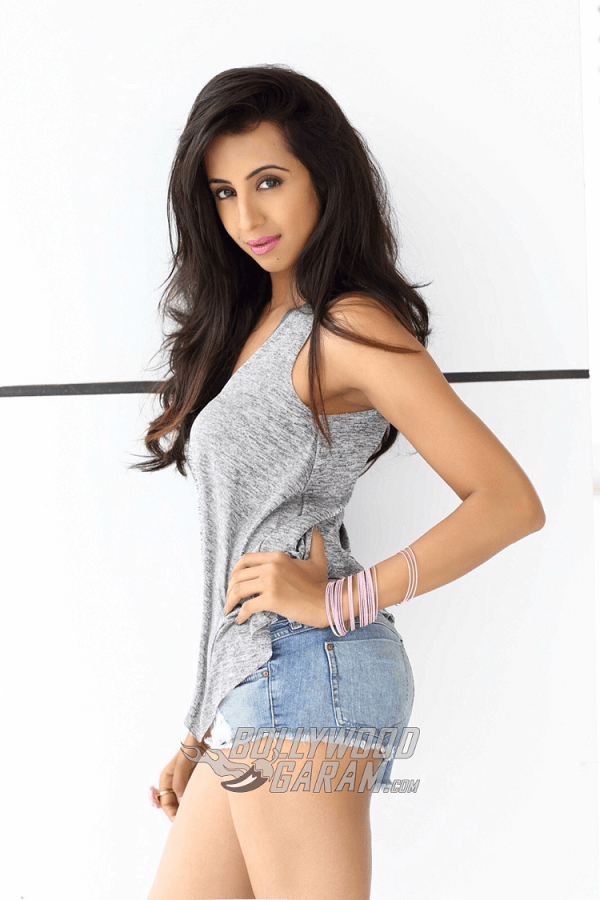 Sanjjana-Galrani-Photoshoot-Jan-4