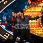 Shahrukh Khan promotes Raees with Salman Khan on Bigg Boss 10