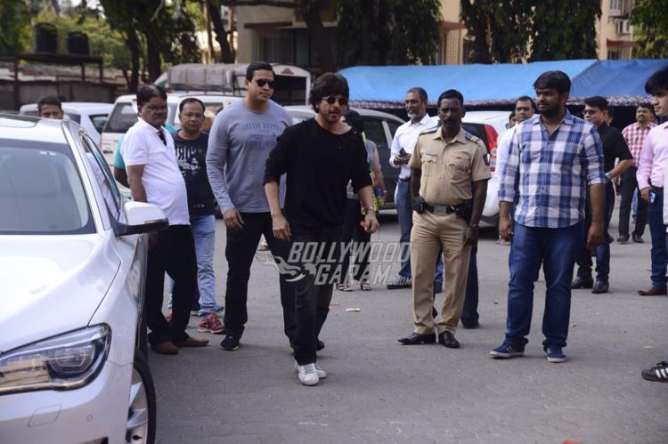 Shahrukh raees mehboob2
