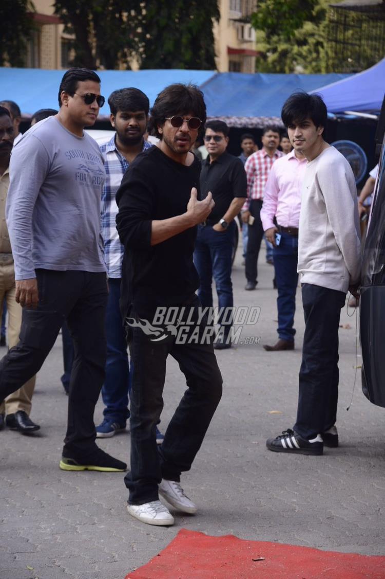 Shahrukh raees mehboob3