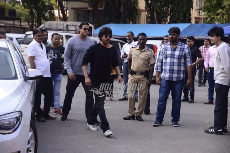 Shahrukh raees mehboob4