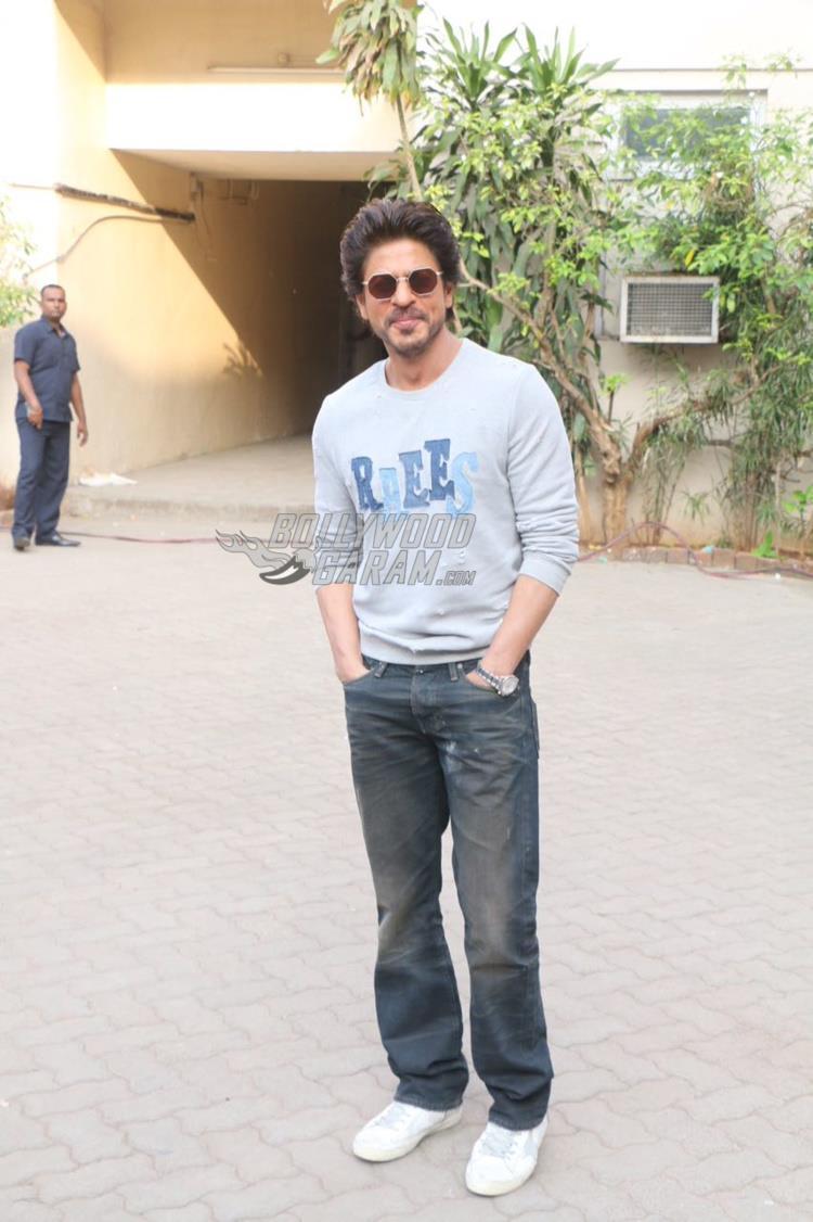 Shahrukh raees3