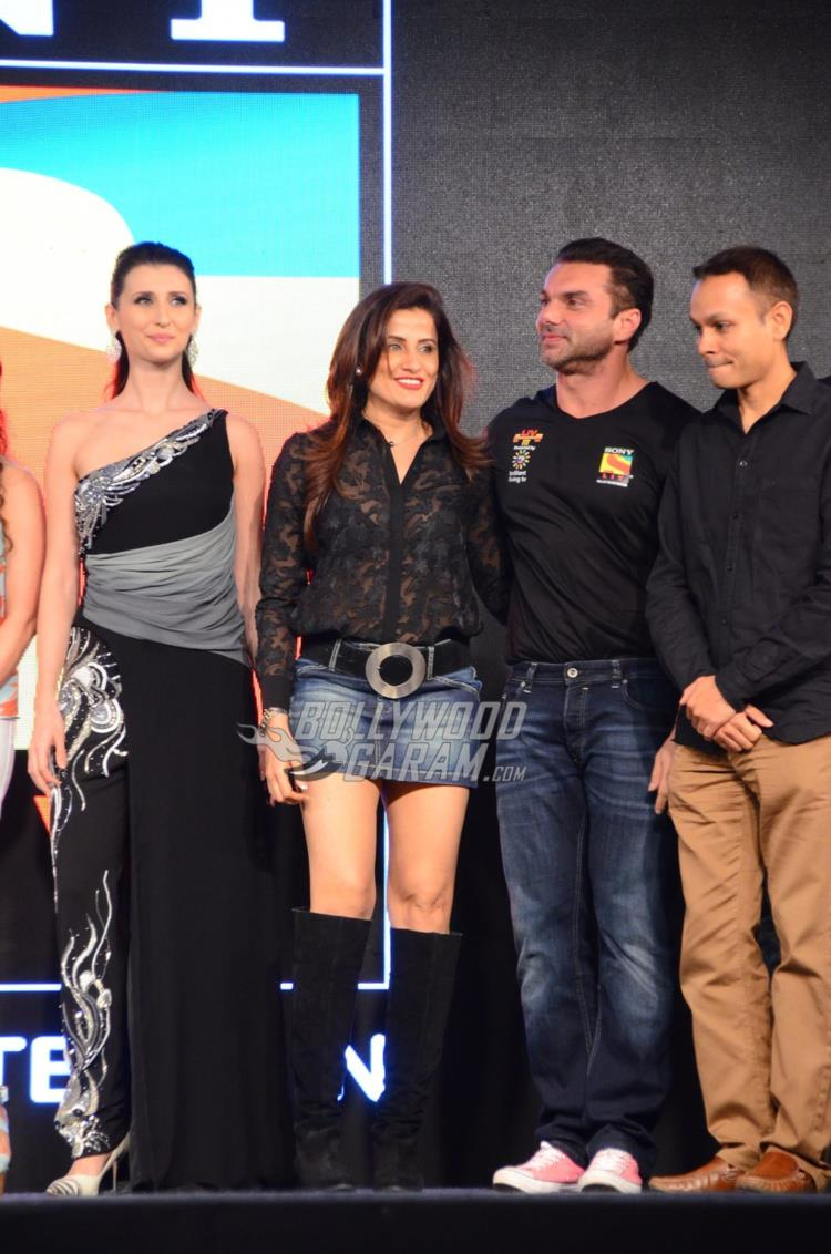 Claudia Ciesla, Yasmin Karachiwala and Sohail Khan on stage