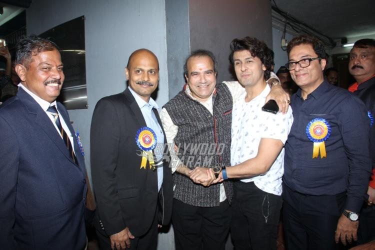 Sonu Nigam at International Customs event