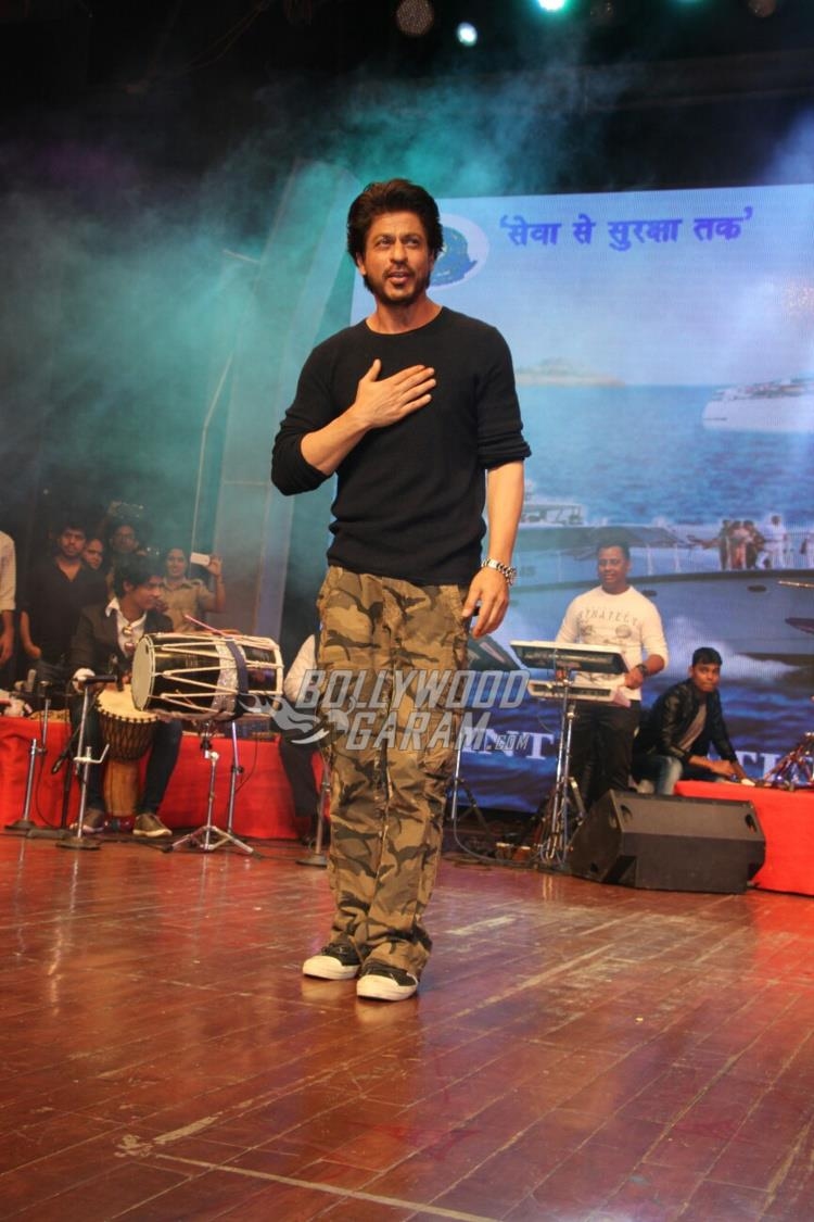 Shahrukh Khan at International Customs event