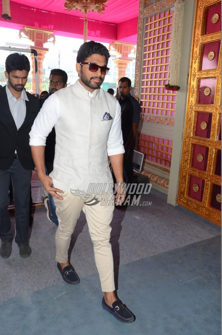 Allu Arjun at Keshav Reddy and Veena Tera's wedding ceremony
