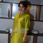 Dangal's Zaira Wasim criticized online over meeting with Kashmir CM
