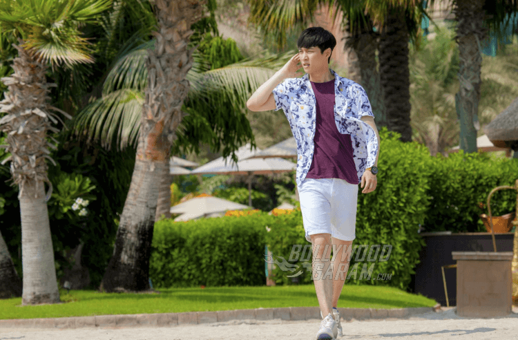 4. Lay Zhang