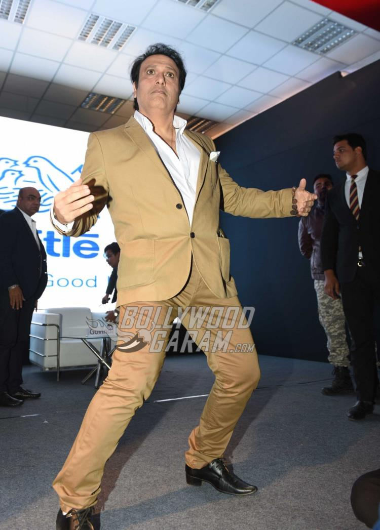 Govinda shakes a leg at Aa Gaya Hero promotions in Delhi