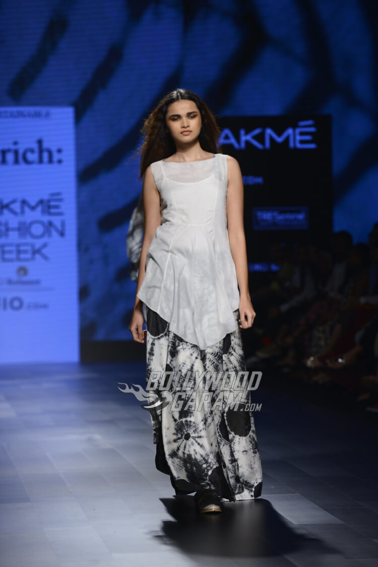 Amrich--Lakme-Fashion-Week-2017-7