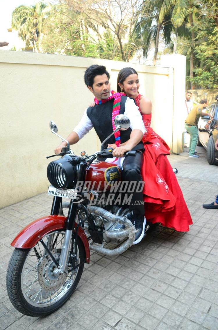 Varun Dhawan and Alia Bhatt posed on bike at Badrinath Ki Dulhaniya trailer launch