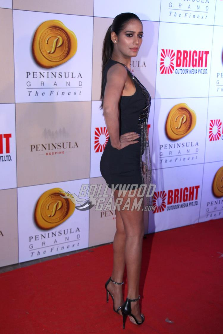 Poonam Pandey at Bright Awards 2017