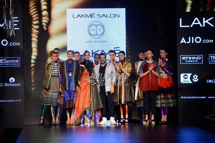 Models and Amit Aggarwal at Lakme Fashion Week Summer Resort 2017 Day 1