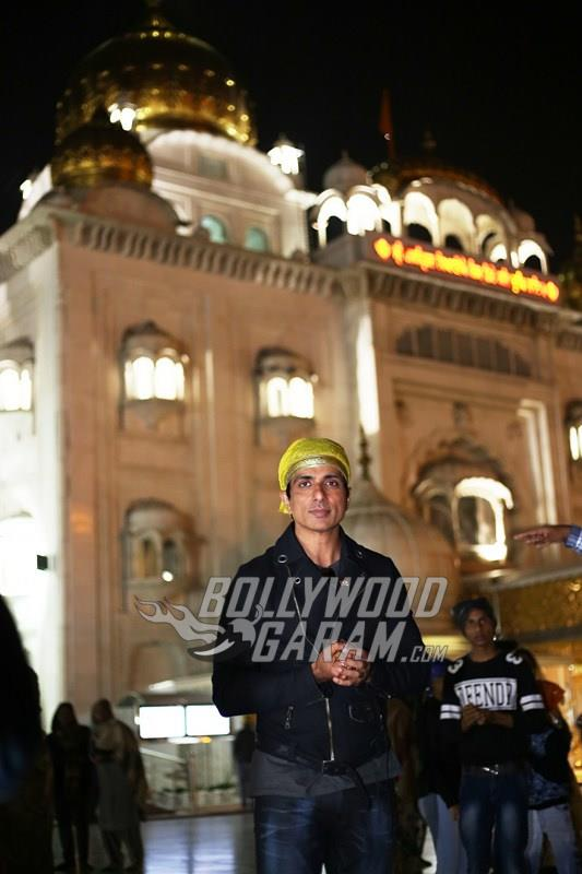 Sonu Sood at a Gurudwara